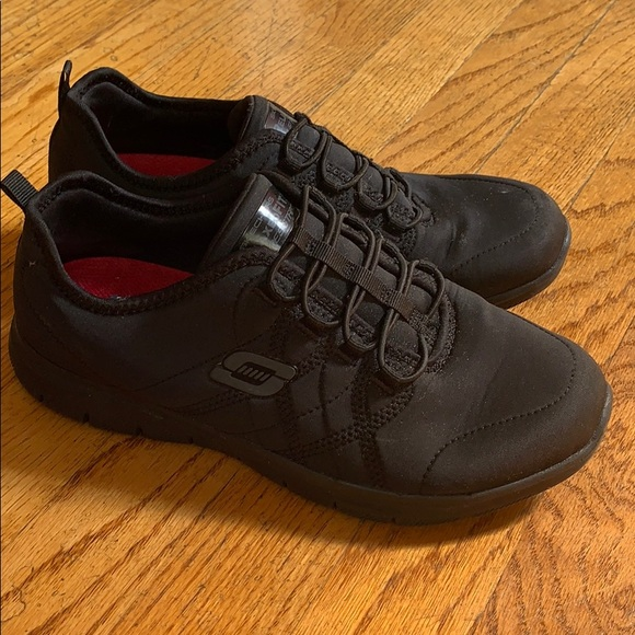 Skechers Shoes   Non Slip Restaurant
